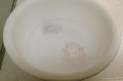ミシン糸を媒染