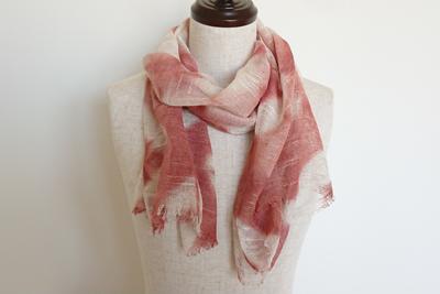 スカーフを巻いたイメージ