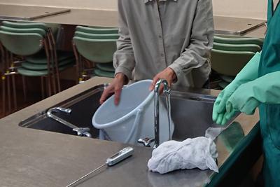 洗い方をレクチャー