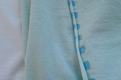 市販の布のミミの染まり具合
