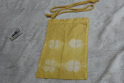 柿染めの巾着袋