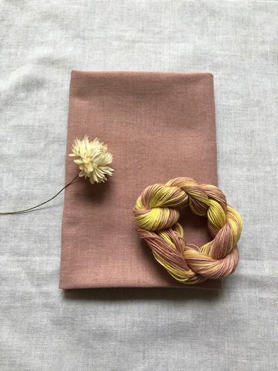 柿染めの晒と刺し子糸