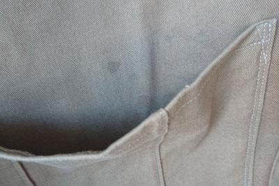 ポケット内のシミ
