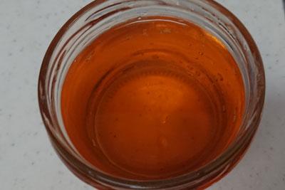 ベニカナメモチの染液の色