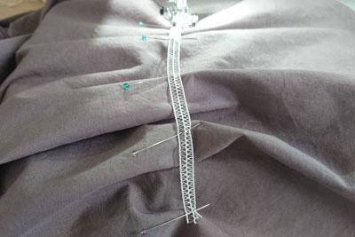 シャーリングテープの縫い付け
