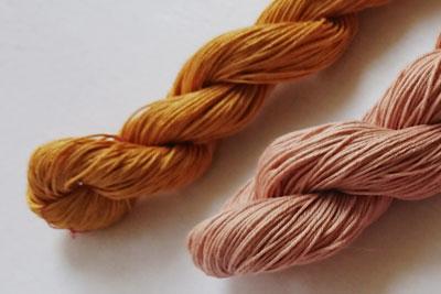 玉ねぎ染めと枇杷染めの刺し子糸