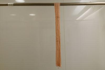刺し子糸の陰干し