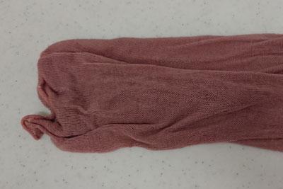 ビワ染め紫っぽいシルク靴下