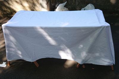 テーブルクロスを設置