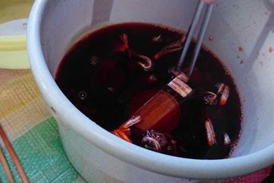 クチナシブルー入りラックダイ濃い液