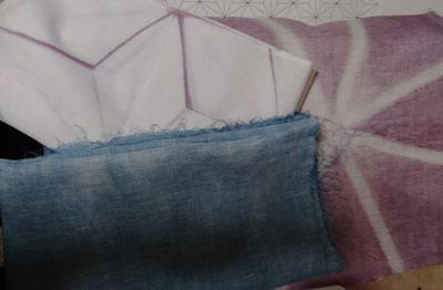 液体植物染料で染めた布