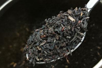 染料は紅茶の葉