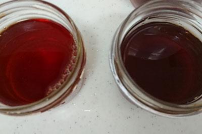 出し方での液色の違い